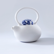 ROYAL DELFT - Belly Teapot