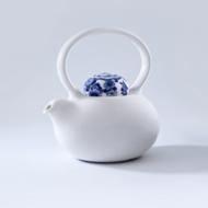 ROYAL DELFT - Belly Teapot